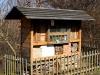 Domeček pro včely samotářky