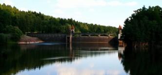Obrázek s vodním dílem Les království v podkrkonoší