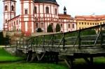 Zámek Jaroměřice nad Rokytnou- pohled ze zahrady