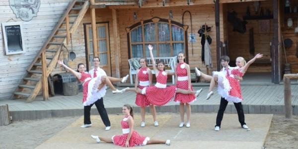 Taneční festival, taneční skupina country tanců