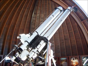 dalekohled v kopuli hvězdárny na Petříně