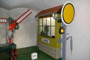 Replika vlakové zastávky, železniční muzeum Zlonice