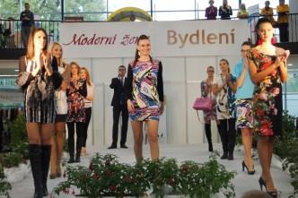 módní přehlídka na veletrhu moderní žena na výstavišti Flora Olomouc