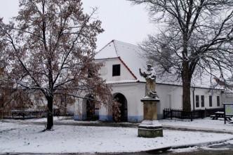 Budova barokní kovárny v Těšanech