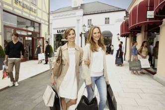 Ženy na nákupech