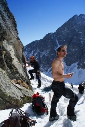 Horolezci - ilustrační foto k článku jak se obléci do přírody