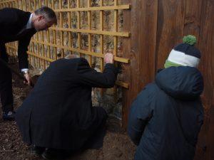 vinnou révu sází zástupce norské ambasády -zámek Průhonice