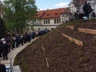 slavnostní akce v exteriéru zámku Průhonice
