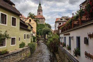 Český Krumlov pohled na město k článku o BIO víno z Českého Krumlova